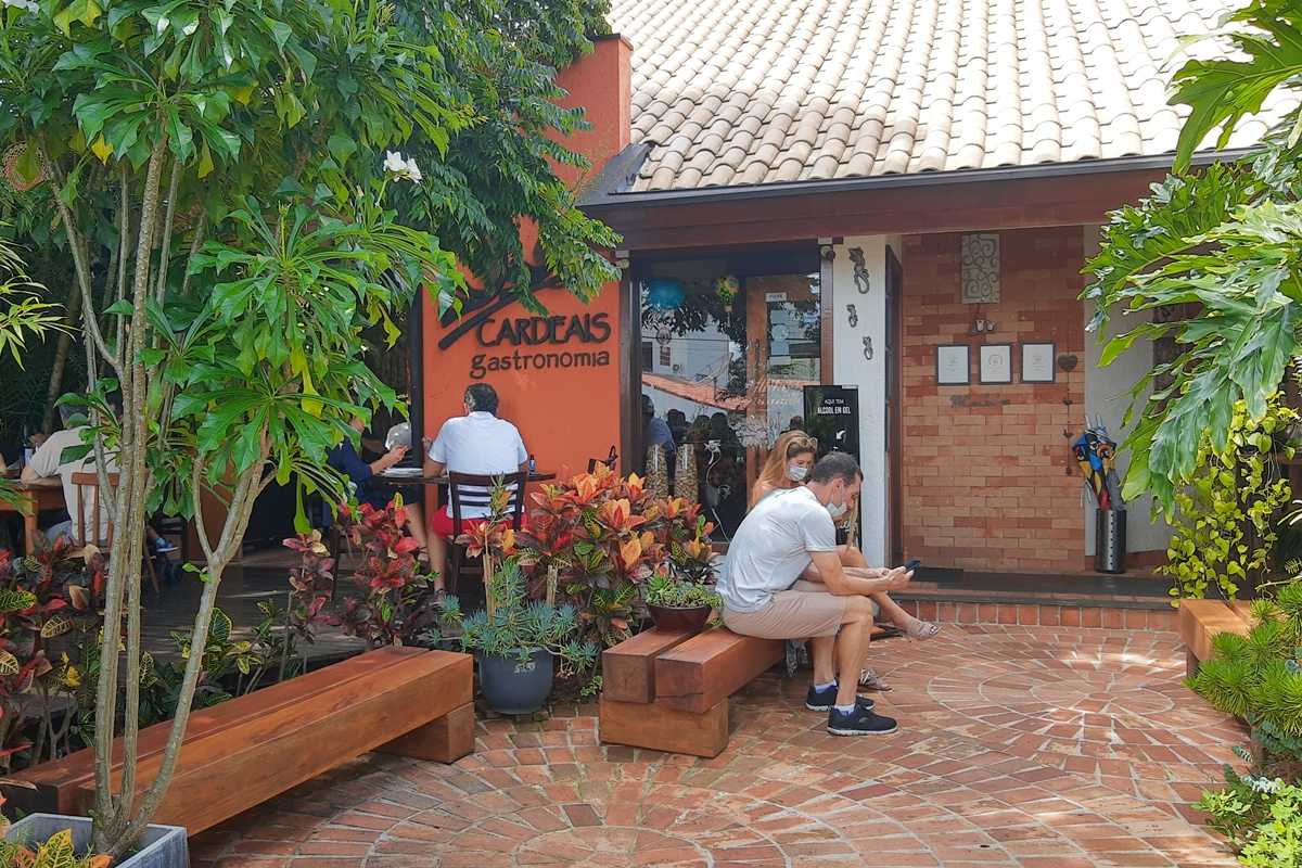 Restaurante Cardeais em Vinhedo